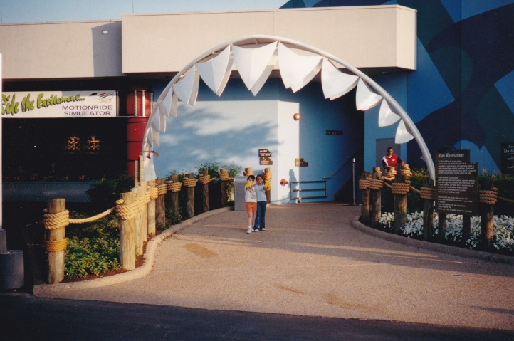 teeth entrance @seaworld